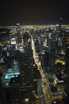 Chicago - nighttime - view from Signature room resturant at the Hancock Tower (Photo by Michael Engman)