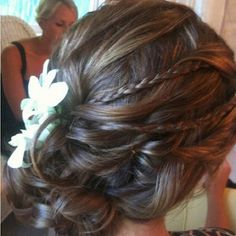 prom hair hair-and-beauty My Hairstyle, Pretty Hairstyles, Wedding Hairstyles, Wedding Updo, Hair Updo, Bridal Hairstyle, Homecoming Hairstyles, Messy Hair, Messy Bun
