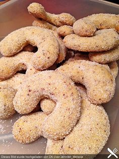 Vanilla Kipferl, a very nice recipe from the baking category. Easy Cookie Recipes, Sweet Recipes, Dessert Recipes, Desserts, Christmas Dishes, Christmas Baking, Best Recipe Box, Cakes And More, Cake Cookies