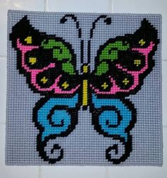 Cross Stitch Needles, Beaded Cross Stitch, Cross Stitch Embroidery, Cross Stitch Patterns, Animal Knitting Patterns, Pony Bead Patterns, Motifs Perler, Perler Patterns, Plastic Canvas Crafts