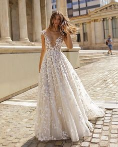 224 Best Gorgeous Wedding Dresses Images Wedding Dresses