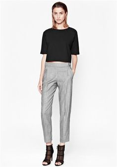 From work to casual chic Casual Outfits For Teens School, Mom Outfits, Casual Fall Outfits, Smart Casual, Casual Chic, Plus Size Winter, Tapered Trousers, Winter Chic, Work Chic