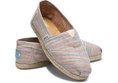 Baxter Women's Classics || my toms have holes in them and I need to get some new ones