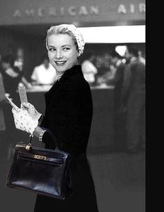 Princess Grace Kelly de Monaco with her Hermès 'The Kelly' bag -@thevintagecontessa