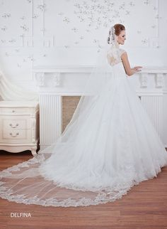 Long and short spanish Veil tulle with French lace with sequins Wedding Dress Cake, Wedding Dress Sleeves, Wedding Veil, Wedding Gowns, Lace Wedding, Dream Wedding, Cheap Wedding Dresses Online, Long Wedding Dresses, Spanish Veil
