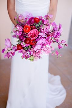 Radiant Orchid #coloroftheyear bouquet | Photography: InTandem | SMP