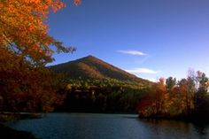 Virginia - Blue Ridge Parkway, Sharp Top and Peaks of Otter // Beautiful in the fall!