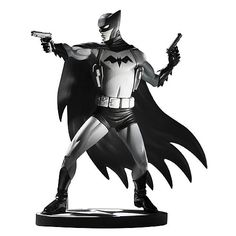 Cliff Chiang - Batman black and white statue.