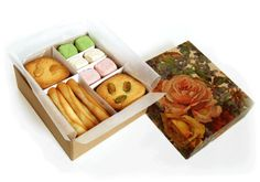 手作りクッキーボックス A homemade cookie box