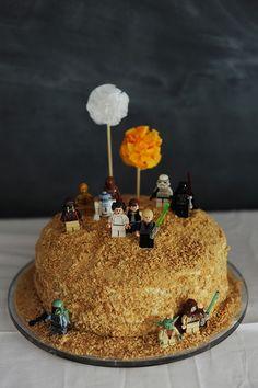 Star Wars Lego Tatooine cake - Rust & Sunshine