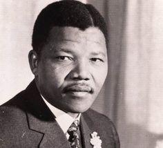 """Nelson Mandela, """"Madiba"""" (1918-2013), président d'Afrique du Sud et Prix Nobel de la paix (1993)."""