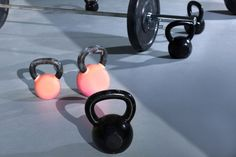 Get a total body workout and increase strength and mobility with the fourth cycle of kettlebell workouts by Dini Leopoldo. Easy Workouts, At Home Workouts, Yoga Fitness, Health Fitness, Cycling For Beginners, Kettlebell Training, Crossfit Gym, Different Exercises, Cycling Workout