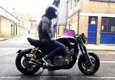 """Yamaha XJR 1300 Custom """"Cafe racer"""""""