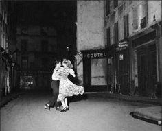 Robert Doisneau, La dernière valse du 14 juillet 1949