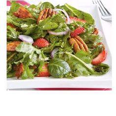Berry-Pecan Green Salad
