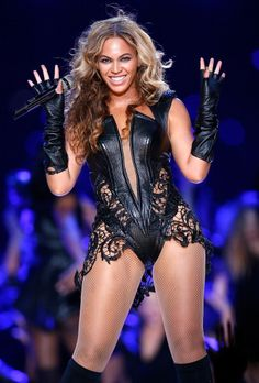 Beyonce' Blows the fuse at superbowl