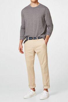 ESPRIT Chino aus Baumwoll-Stretch, mit Gürtel für 49,99€. Chino aus Baumwoll-Stretch, mit Gürtel, Ein Fashion Basic, das in keiner Garderobe fehlen bei OTTO