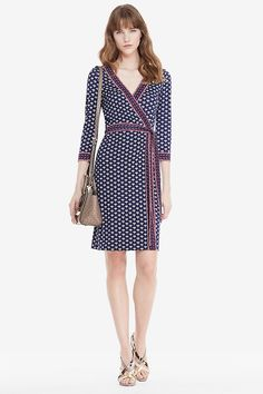 Contrasting bands add a new dimension to our classic New Julian Two dress. Cross…