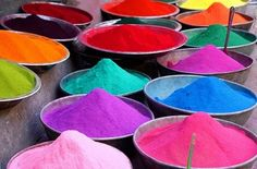 I love to paint!  Color, it's the first thing an artist sees...well, most anyway. Pigment dyes.