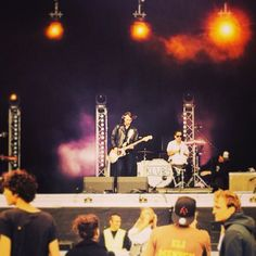 Dockville 2014, Mainstage Sunday. Style inspired by 50s, 70s, London, whatever. What a day.
