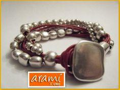 Hecha con nuestras piezas y cueros!  www.aramixuno.com