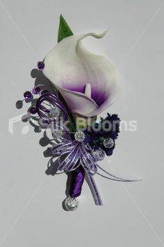 Calla Lily Boutonniere | Lily Wedding Buttonhole with Purple Centre Stunning Picasso Lily ... Sooo regal!