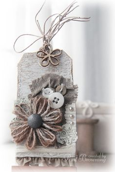 use natural materials and textures to make a scrapbooking style gift tag.