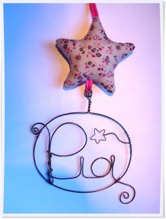 Déco chambre enfant. Cadeau naissance, anniversaire Mini mobile étoile prénom www.dansmestiroirs.com