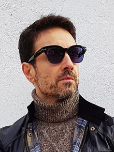 10 Best sunglass images in 2020 | Celebrities male, Thick
