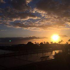 【kdvorobyev】さんのInstagramをピンしています。 《#mar #Kanaren #sun #sunset #sonnenuntergang #закат #море #meer #palms #пальмы #канары #испания #grancanaria #日落 #spain #españa  #облака #небо #clouds #sky #beach #天堂 #雲 #海 #太陽 #солнце #sun #棕櫚樹》