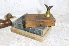 Items similar to Vintage American Eagle Emblem Small Hinged Wood box Eagle Handle Brass Bell,Patriotic decor, Desk Decor , Trinket Box, Collectible on Etsy How To Antique Wood, Vintage Wood, Small Hinges, Eagle Emblems, Small Wooden Boxes, Brass Hinges, Old Boxes, Patriotic Decorations, Trinket Boxes