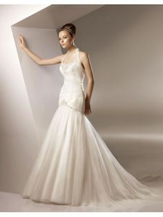 Tulle Softly Curved Neckline Asymmetrically Gathered Bodice Mermaid Wedding Dress