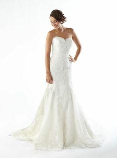 Kirstie Kelly Lace Slim Fit Plus Size Sweetheart Wedding Dress Size 24
