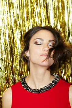 How to wear metallic makeup without going 1970s! Photo by Bek Andersen.