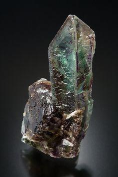 Fluorite - Erongo, Namibia Size: 4.9 x 2.5 cm