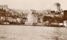 Rumeli Hisarı ve hisar içindeki ahşap evler (1905) #istanbul