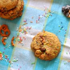 Confetti compost cookies - you'll find any delicious snacks in this extraordinary cookie.