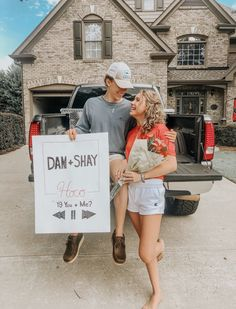 Literally all I want ughhh Best Prom Proposals, Cute Homecoming Proposals, Homecoming Pictures, Prom Pics, Lacrosse Sticks, Cute Relationship Goals, Cute Relationships, Cute Couples Goals, Couple Goals
