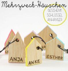 DIY: Schluesselanhaenger_Haeuschen aus Balsaholz #smallwoodcrafts