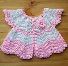 Crochet Baby Set - Free Pattern http://www.freevintagecrochet.com/baby/no106-baby-set-pattern.html