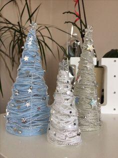 String Christmas tree