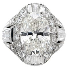 French Made Oval Brilliant & Mixed Cut Diamond Ring