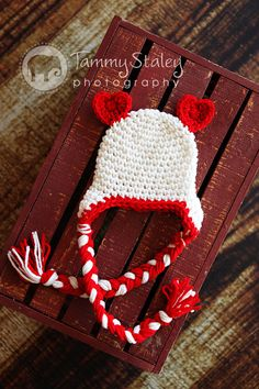 why did i not think of this, how cute is this valentine beanie!