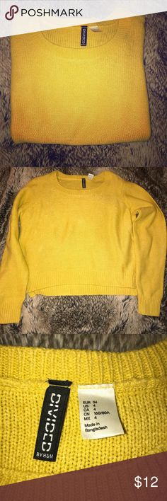 H&M mustard colored slightly cropped sweater H&M mustard yellow colored sweater - slightly cropped - size 4 H&M Sweaters Crew & Scoop Necks
