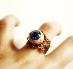 Eyeball ring polymer clay creepy / horror jewelry by UraniaArt