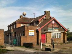 golden ball Bulwell - many a happy hour here! Nottingham Pubs, Old Pub, Vintage Photographs, Cabin, History, House Styles, City, Places, Happy Hour