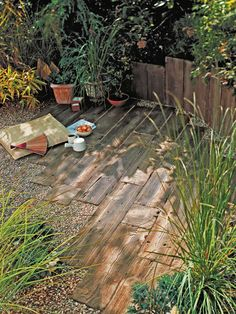 Old Railroad Ties Used for Rustic Pathways There is a wide range of materials available for laying block paving, such as old railroad ties that give the pathway a rustic look.