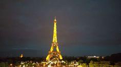 Instagram의 김경희님: _20160724 #파리야경 #에펠탑 #엄청나다 #감사하다 #행복하다 #유럽여행 #아직10일남음 #싫다 #더있고싶다 여태 본 야경중에 에펠탑이 갑인듯 정말 감탄을 끊임없이 했고 행복
