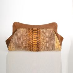 Caramel clutch in genuine python leather by GLENI. Made in Italy