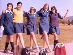 Going to School . nothing like today's schools . and having to wear the mandatory uniforms. Vintage Advertising Posters, Vintage Advertisements, Sweet Memories, Childhood Memories, Old Greek, My Memory, Vintage Images, Old Photos, Love Fashion